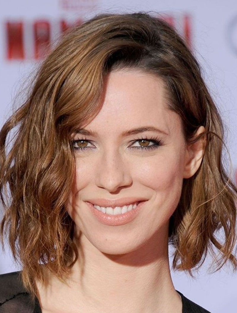 17 Glamorous Short Wavy Hairstyles for Women